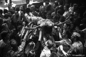 Crowdsurf - Parcifal Werkman